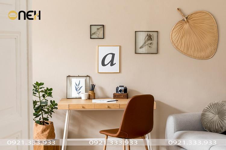 Trang trí bàn làm việc nhỏ gọn, tiện nghi