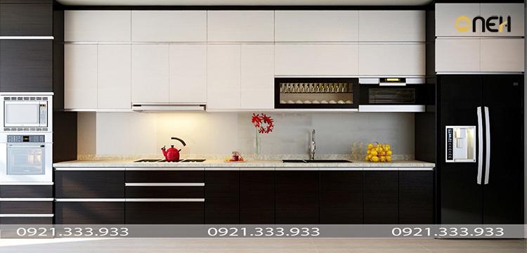 Tủ bếp acrylic màu đen kết hợp trắng tương phản hiện đại