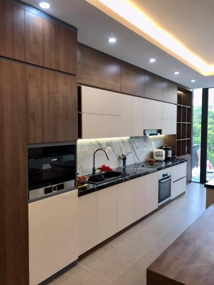 Kết cấu tủ bếp laminate vân gỗ bền chắc, an toàn sức khỏe người dùng
