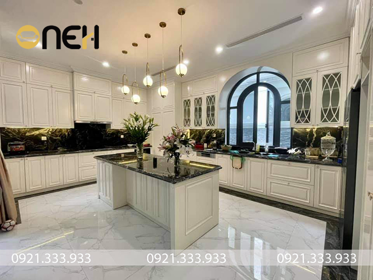 Tủ bếp công nghiệp Acrylic thiết kế mang tính thẩm mỹ cao, kết cấu bền chắc