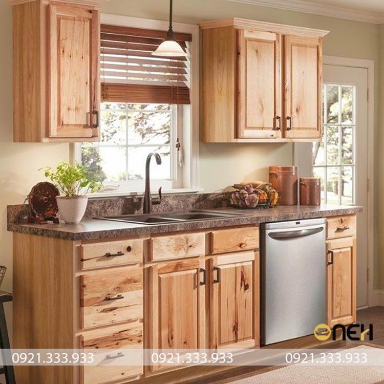 Tủ bếp mini chữ I gỗ tự nhiên thiết kế nhỏ gọn, kết cấu bền chắc