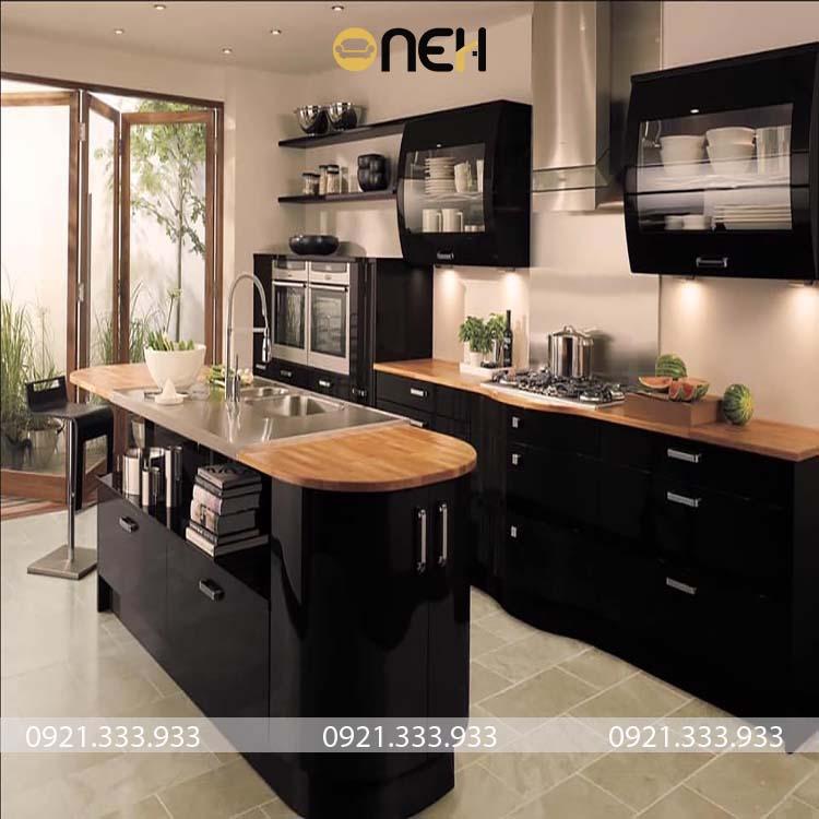 Tủ bếp gỗ công nghiệp cùng đảo bếp hiện đại
