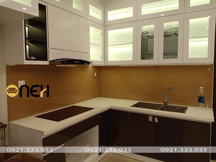 Tủ bếp gỗ nhựa kháng nước, mang chất lượng ưu việt