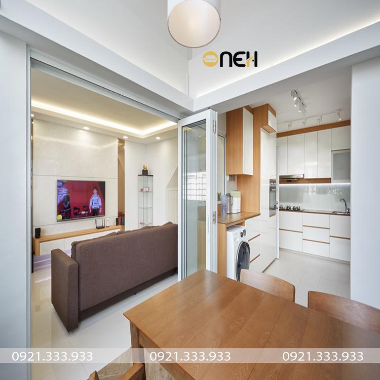 Tủ bếp gỗ công nghiệp thiết kế theo yêu cầu hòa hợp với nội thất gia đình