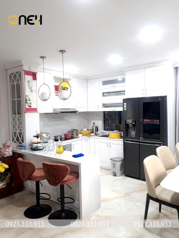 Đóng tủ bếp inox kết cấu nhiều ngăn mang đến không gian cất trữ lớn