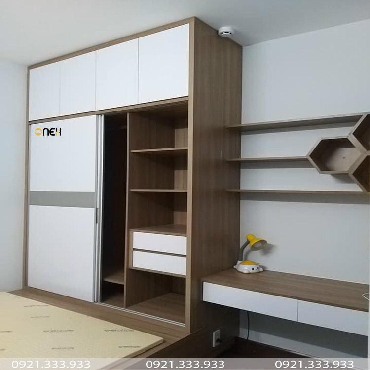 Tủ quần áo chung cư có thiết kế kịch trần tiết kiệm diện tích