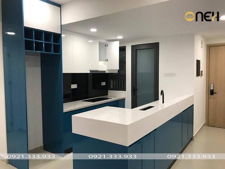 Tủ bếp được làm bằng gỗ công nghiệp màu xanh xu hướng tủ bếp 2021