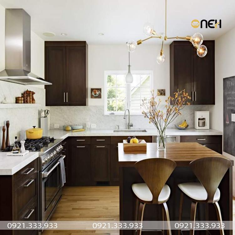 Bố cục các khu vực tủ bếp và bàn ăn được phân chia hợp lý