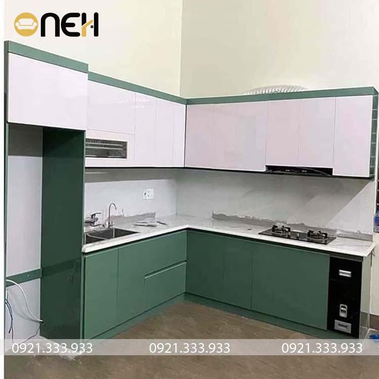 Tủ bếp lết hợp 2 màu sắc xu hướng tủ bếp 2021
