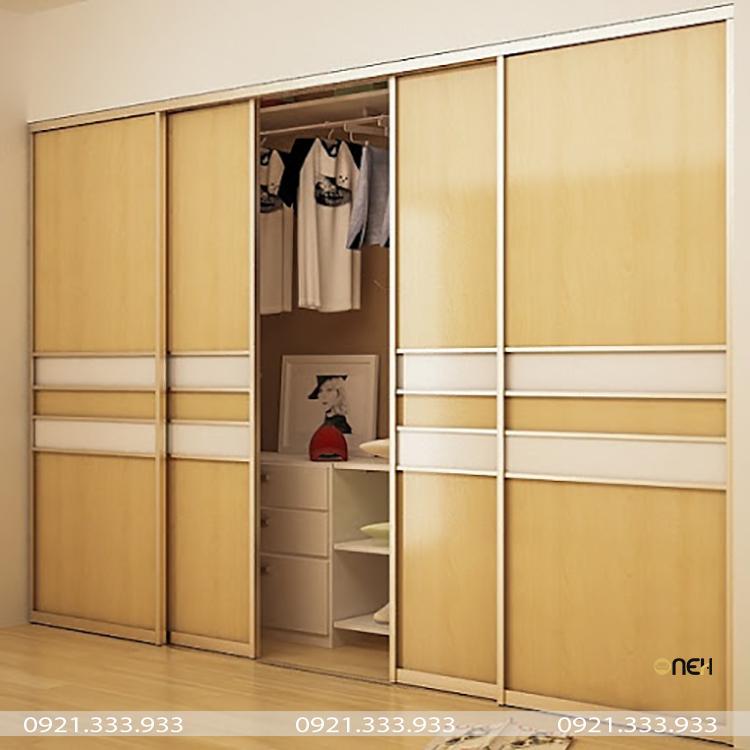 Tủ áo cửa lùa 4 cánh có màu gỗ sáng đẹp mắt