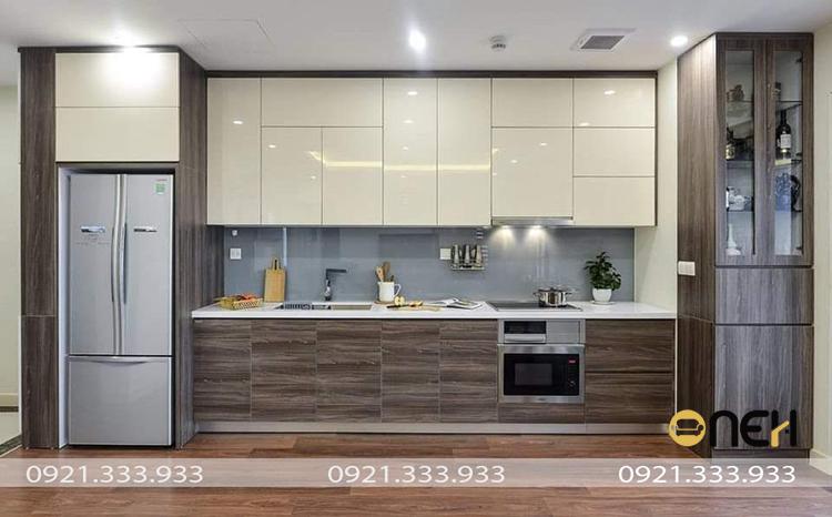 Mẫu tủ bếp chữ I hiện đại gỗ công nghiệp thiết kế tiêu chuẩn với hệ tủ bếp trên và tủ bếp dưới,