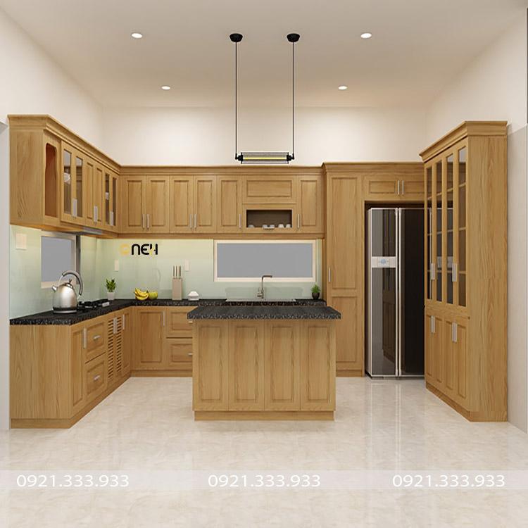 Tủ bếp gỗ sồi tự nhiên kết hợp bàn đảo và tủ kệ lớn rất sang trọng